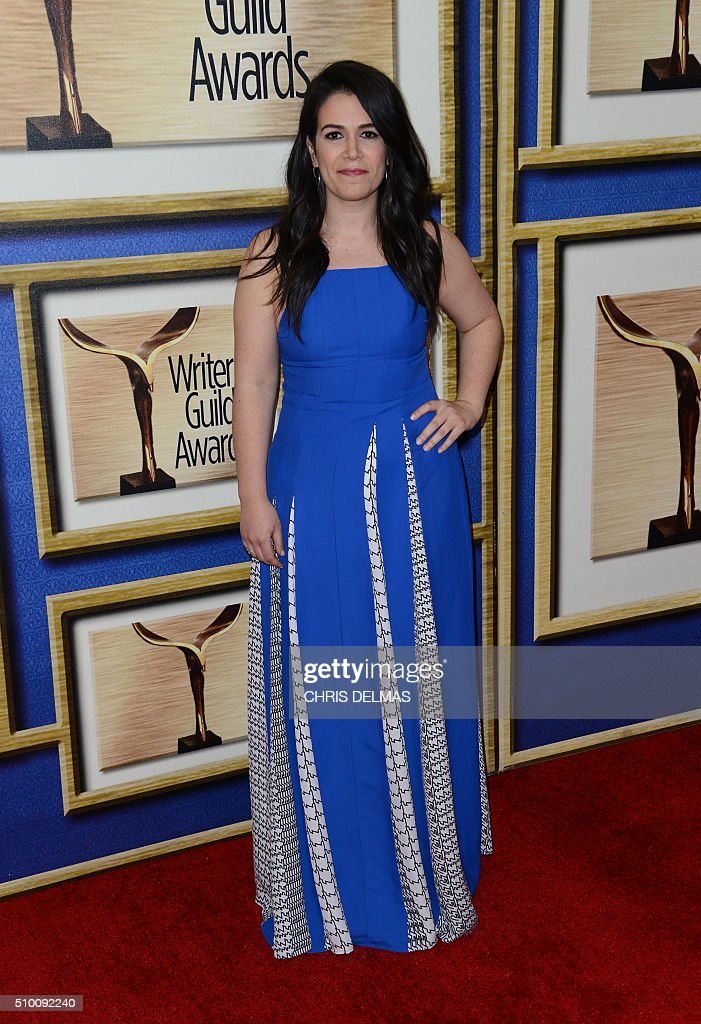 Abbi Jacobson arrives for the Writers Guild Awards in Century City, California, February 13, 2016. / AFP / CHRIS DELMAS