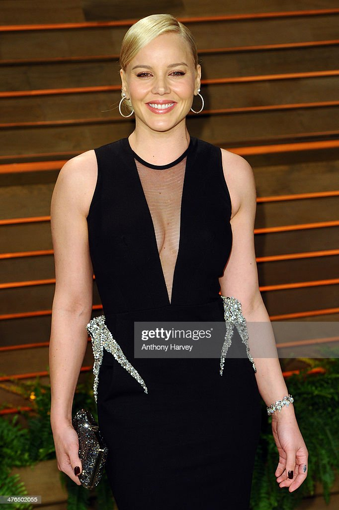 Abbie Cornish attends the 2014 Vanity Fair Oscar Party hosted by Graydon Carter on March 2, 2014 in West Hollywood, California.