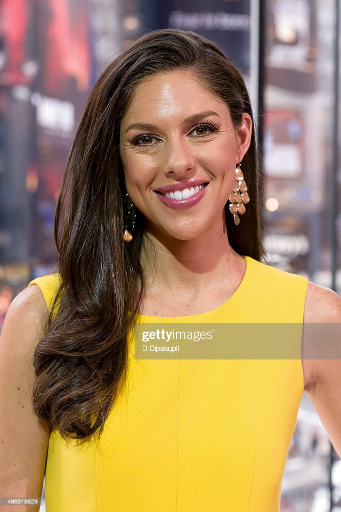 Abby Huntsman visits 'Extra' at their New York studios at H&M in Times Square on April 23, 2014 in New York City.