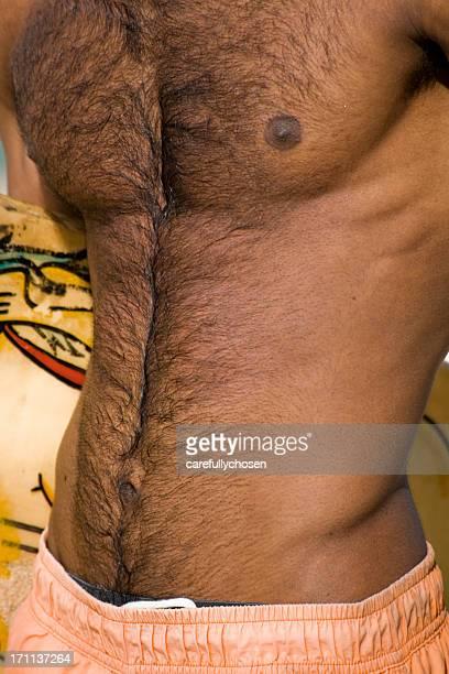 Bauch und haarig Brust