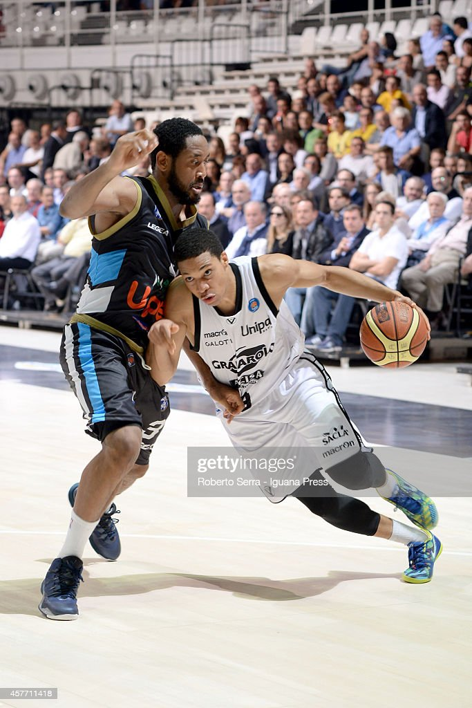 Abdul Gaddy of Granarolo competes with Austin Freeman of Upea during the match between Granarolo Bologna and Upea Capo d'Orlandoe at Unipol Arena on...