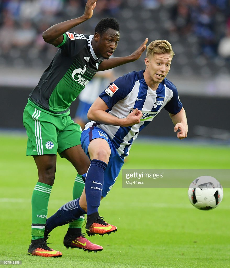 Abdul Rahman Baba of FC Schalke 04 and Mitchell Weiser of Hertha BSC during the game between Hertha BSC and FC Schalke 04 on September 18, 2016 in Berlin, Germany.