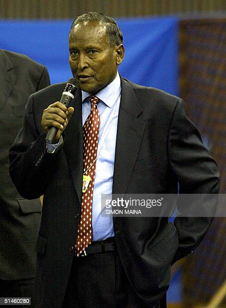 Abdullahi Yusuf Ahmed speaks after winning the presidency of Somalia in a vote by lawmakers among 26 candidates 10 October 2004 according to election...