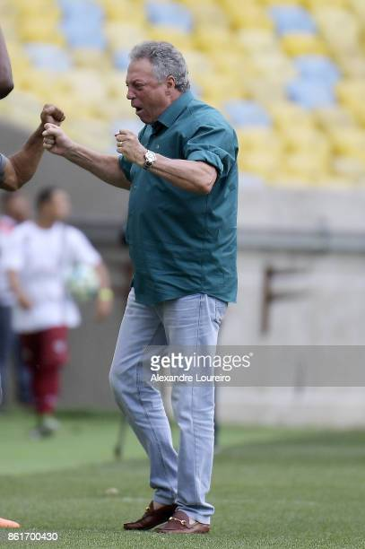 Abel Bragahead coach of Fluminense celebrates a scored goal by Henrique Dourado during the match between Fluminense and Avai as part of Brasileirao...