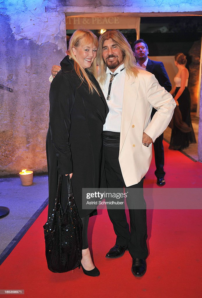 Abi Ofarim (Singer) and Kirsten Schmidt attends the Hadassah Dinner And Dance Charity Gala at the Kesselhaus on October 19, 2013 in Munich, Germany.