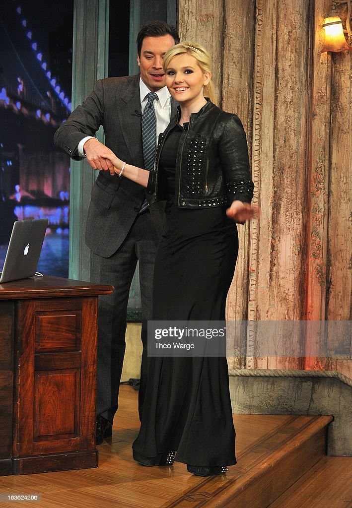 <a gi-track='captionPersonalityLinkClicked' href=/galleries/search?phrase=Abigail+Breslin&family=editorial&specificpeople=226628 ng-click='$event.stopPropagation()'>Abigail Breslin</a> visits 'Late Night With Jimmy Fallon' at Rockefeller Center on March 13, 2013 in New York City.