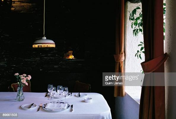 El Bulli Stock Photos and Pictures Getty Images : able of el bulli restaurant detail of a table next to a window in the picture id89661503s594x594 from gettyimages.com size 594 x 401 jpeg 84kB