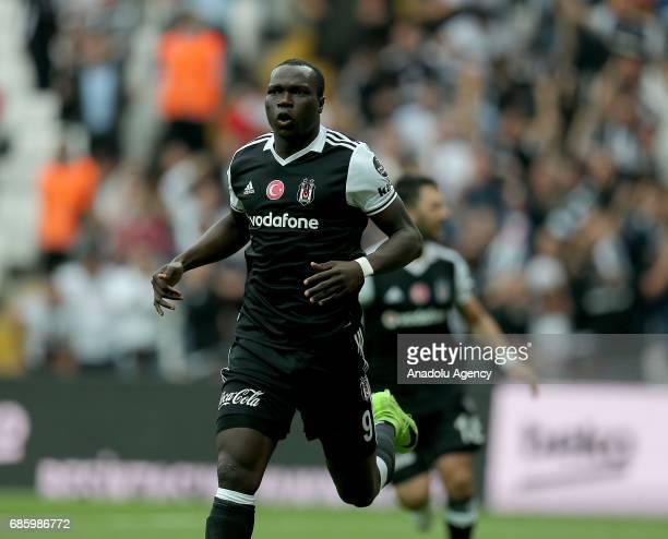 Aboubakar of Besiktas celebrates after scoring a goal during the Turkish Spor Toto Super Lig soccer match between Besiktas and Kasimpasa at the...