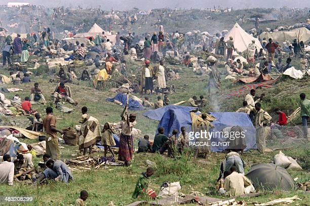 About 160000 Rwandan refugees pack a makeshift camp 10 kms north of the eastern Zairean border town of Goma on July 17 1994 According to the UN High...