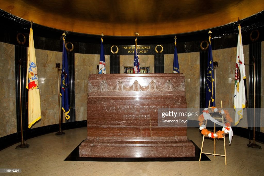 Abraham Lincoln's grave inside rotunda of Lincoln's Tomb in Springfield Illinois on MAY 05 2012