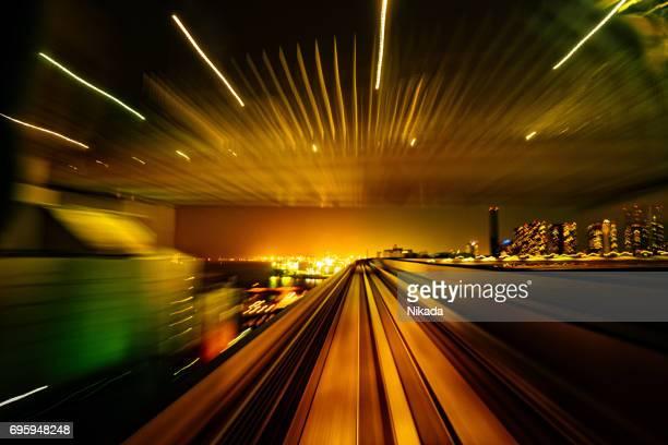 Abstrakte Bewegung verschwommen Blick aus einem fahrenden Zug