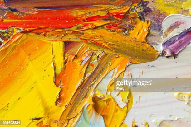 Astratto di verniciato rosso giallo e blu sfondi di arte.