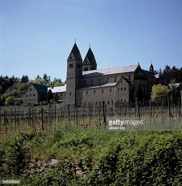 Abtei St Hildegardis bei Eibingen /Rüdesheim am Rhein gegründet vonHildegard von Bingen im Jahr 1165 1999
