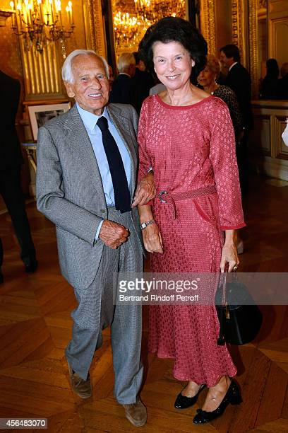 Academician Jean D'Ormesson and his wife Francoise d'Ormesson attend Xavier Darcos receives 'L'Epee d'Academicien' in Paris on October 1 2014 in...