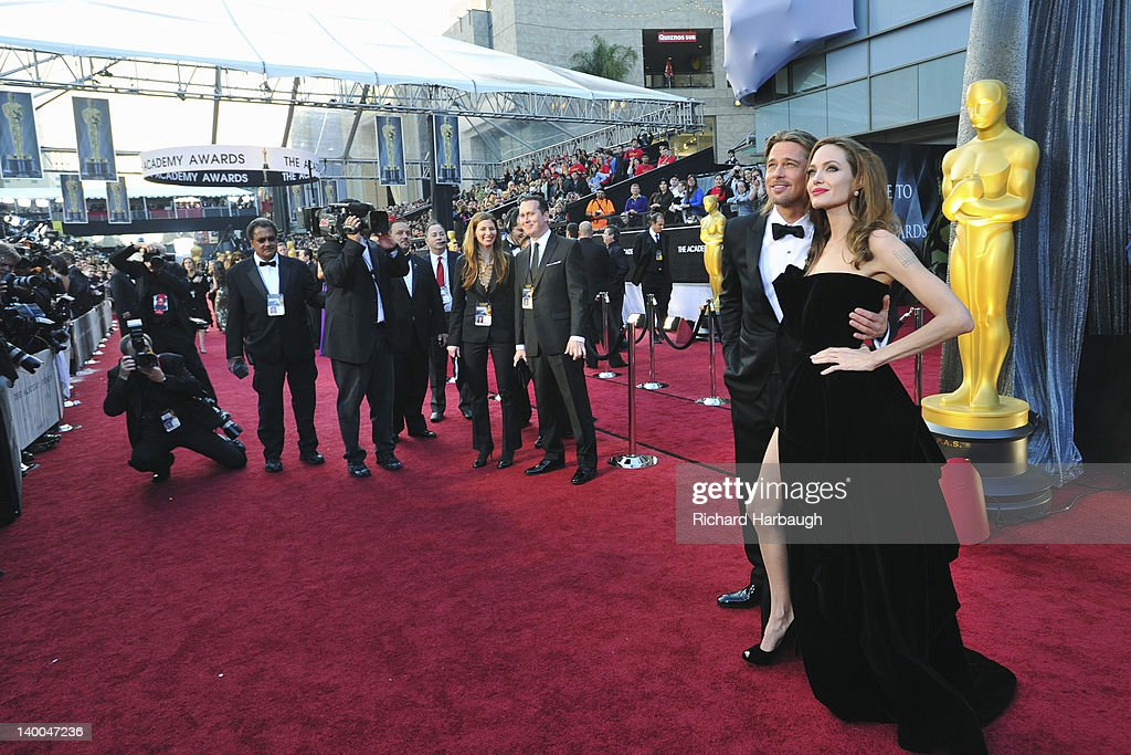 AWARDS(r) - RED CARPET ARRIVALS - Academy Awards for outstanding film achievements of 2011 presented on Sunday, February 26 (8:30 p.m., ET/5:30 p.m., PT), from the Hollywood & Highland Center(r) and televised live by the ABC Television Network. BRAD