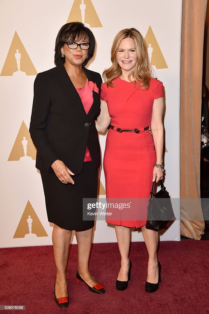 Academy of Motion Picture Arts and Sciences President <a gi-track='captionPersonalityLinkClicked' href=/galleries/search?phrase=Cheryl+Boone+Isaacs&family=editorial&specificpeople=725500 ng-click='$event.stopPropagation()'>Cheryl Boone Isaacs</a> (L) and actress <a gi-track='captionPersonalityLinkClicked' href=/galleries/search?phrase=Jennifer+Jason+Leigh&family=editorial&specificpeople=208958 ng-click='$event.stopPropagation()'>Jennifer Jason Leigh</a> attend the 88th Annual Academy Awards nominee luncheon on February 8, 2016 in Beverly Hills, California.