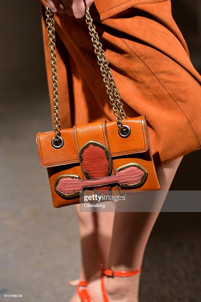 Bottega veneta spring and summer bag 2017