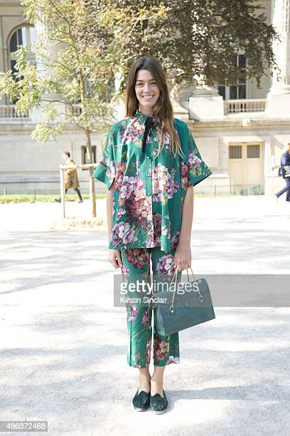 Accessories Designer Antonine Peduzzi wears all Gucci with a TL180 bag on day 5 during Paris Fashion Week Spring/Summer 2016/17 on October 3 2015 in...