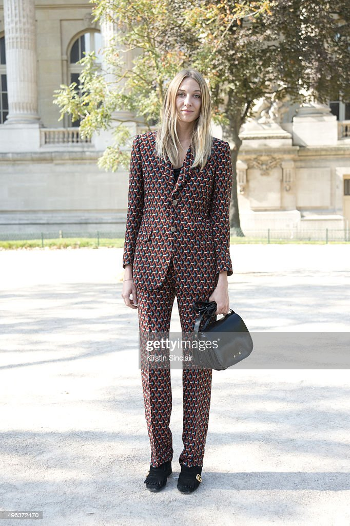 Accessories Designer Luisa Orsini wears all Gucciwith a TL180 bag on day 5 during Paris Fashion Week Spring/Summer 2016/17 on October 3 2015 in Paris...