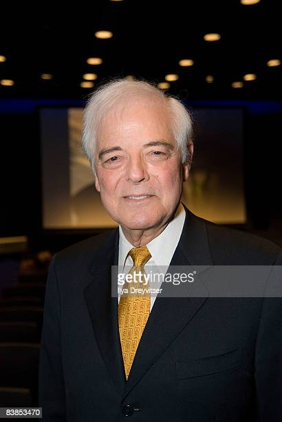 Acclaimed journalist Nick Clooney hosts the screening of 'Moments That Changed Us Steve Wozniak' at the Newseum on November 28 2008 in Washington DC