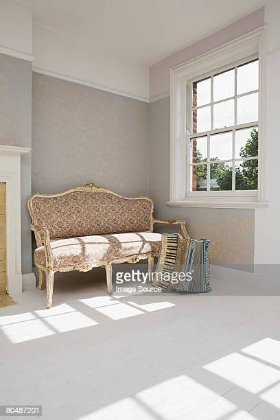 Akkordeon und sofa