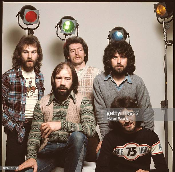 Ace group portrait London 14th January 1976 LR Paul Carrack Alan King Tex Comer Phil Harris Fran Byrne