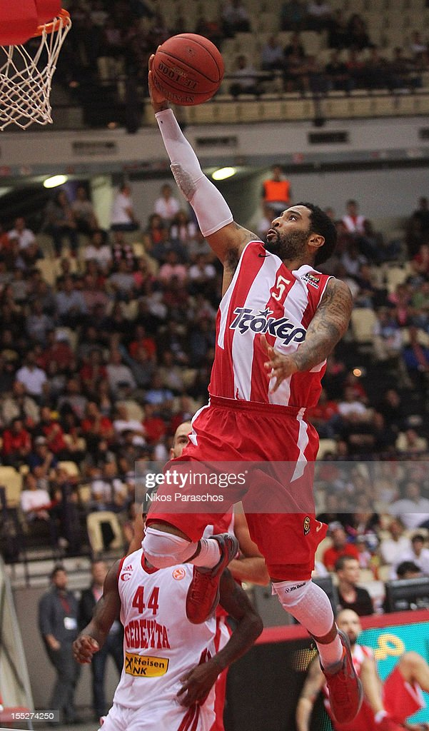 <a gi-track='captionPersonalityLinkClicked' href=/galleries/search?phrase=Acie+Law&family=editorial&specificpeople=801584 ng-click='$event.stopPropagation()'>Acie Law</a>, #5 of Olympiacos Piraeus in action during the 2012-2013 Turkish Airlines Euroleague Regular Season Game Day 4 between Olympiacos Piraeus v Cedevita Zagreb at Peace and Friendship Stadium on November 2, 2012 in Athens, Greece.