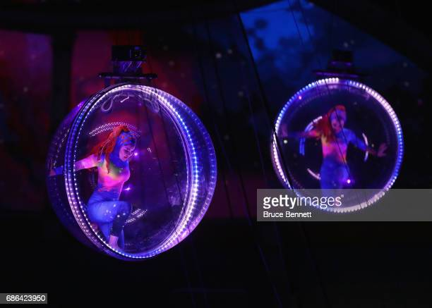 Acrobats entertain attendees on the final day of the Ringling Bros Barnum and Bailey Circus on May 21 2017 in Uniondale New York Known as 'The...