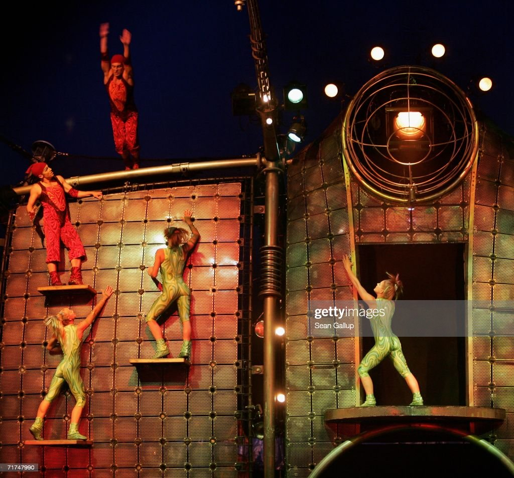 Acrobats perform at the final dress rehearsal at the Dralion Cirque de Soleil August 29 2006 in Berlin Germany The circus will premiere on August 30