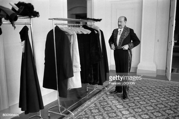 L'acteur Pierre Dux fait son entrée à l'Académie des BeauxArts le 29 novembre 1978 à Paris France