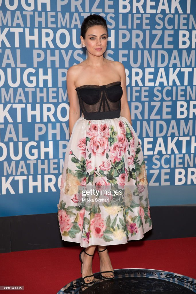 Actgress Mila Kunis arrives at the 2018 Breakthrough Prize at NASA Ames Research Center on December 3, 2017 in Mountain View, California.