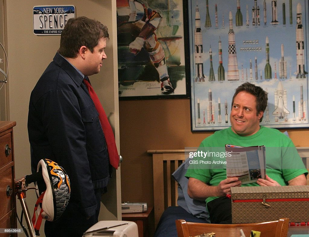 'Acting Out' -- Danny (Gary Valentine, right) and Spence (Oswalt Patton) star as on The King of Queens, scheduled to air on the CBS Television Network.