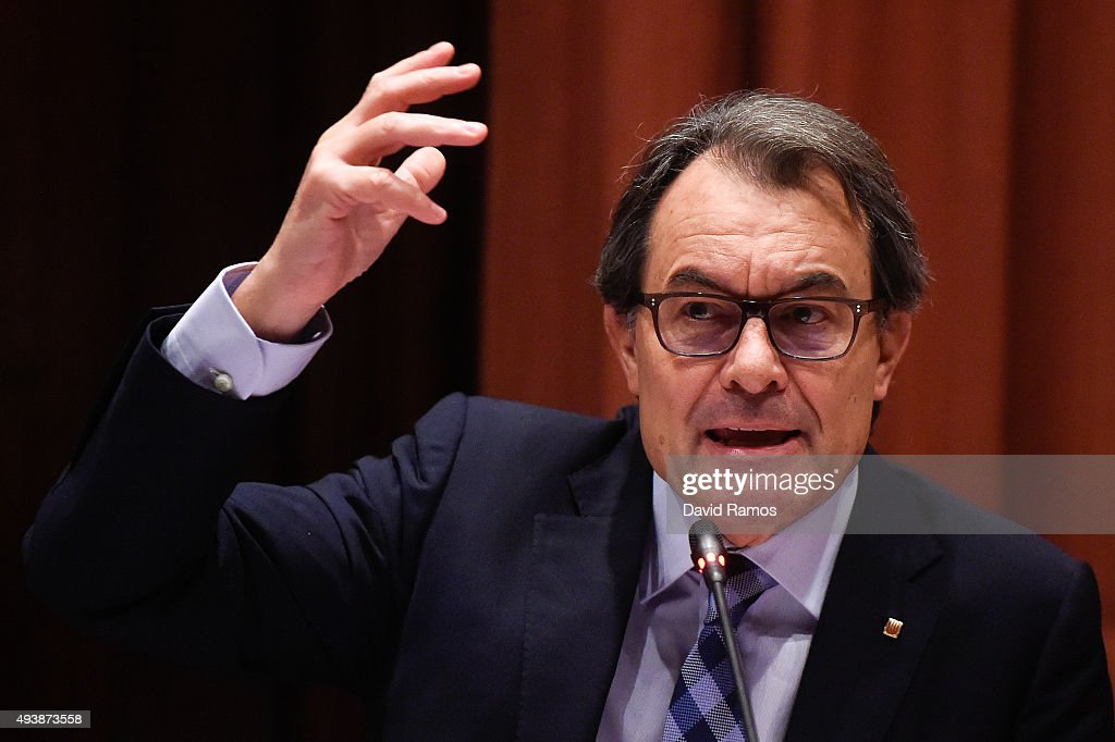 Acting President of Catalonia Artur Mas answers questions from members of the Parliament on October 23, 2015 in Barcelona, Spain. Artur Mas appeared in Catalan Parliament after Spanish Guardia Civil burst into his political party Democratic Convergence of Catalonia (CDC)'s headquarters on October 21, 2015. Police officers searched for evidence and detained its treasurer Andreu Viloca along with seven more businessmen, during the police operation against a potential network of illegal commissions paid to CDC politicians in exchange for government contracts of public works.