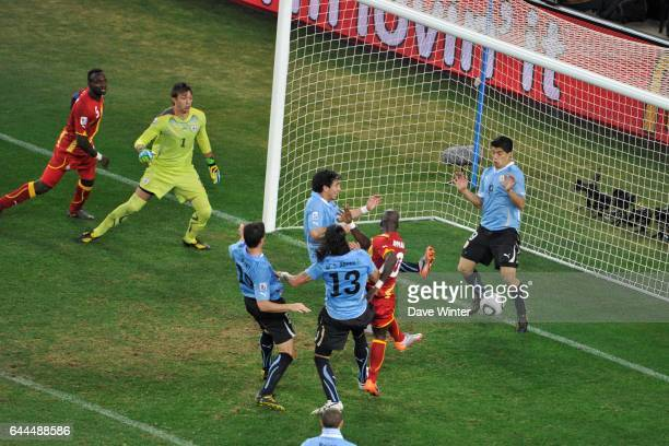 Coupe du monde de football de 2010 stock photos and pictures getty images - Penalty coupe du monde 2010 ...