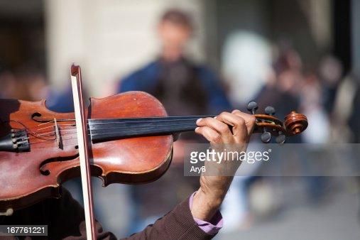 Action violinist, street musician