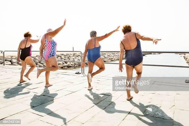 Aktive Senioren im Freien, fitness-Kurse
