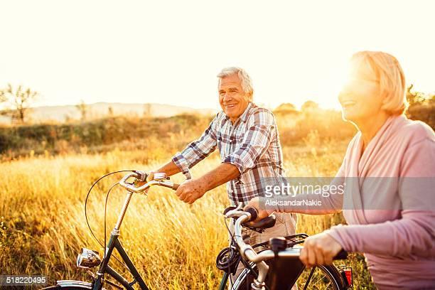 Gente de tercera edad activa