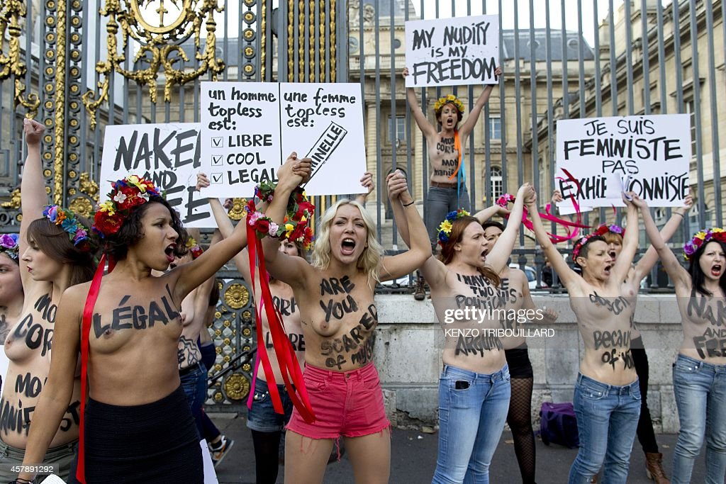 Outside nake women