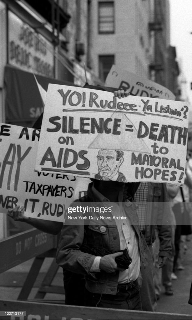 AIDS activists picketing Rudy Giuliani outside Manhattan restaurant The mayoral candidate held breakfast meeting with gay leaders there