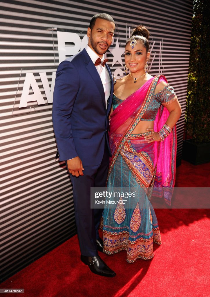Actor <a gi-track='captionPersonalityLinkClicked' href=/galleries/search?phrase=Aaron+D.+Spears&family=editorial&specificpeople=5547711 ng-click='$event.stopPropagation()'>Aaron D. Spears</a> (L) and Estela Spears attend the BET AWARDS '14 at Nokia Theatre L.A. LIVE on June 29, 2014 in Los Angeles, California.