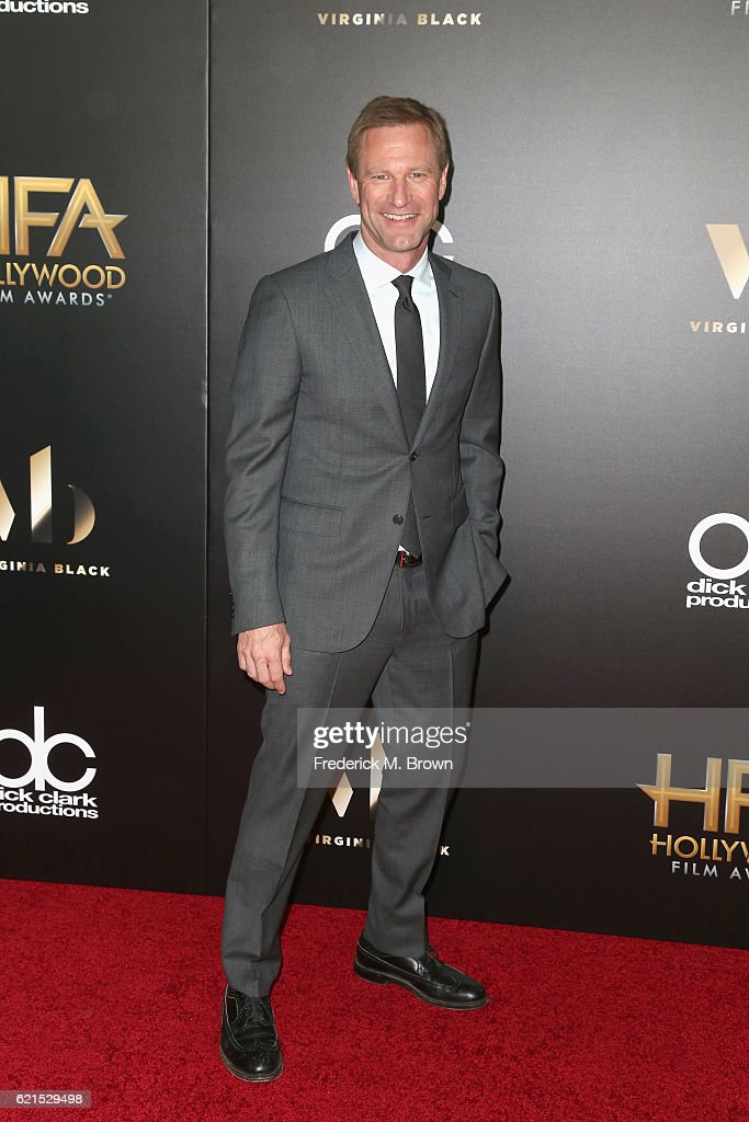 actor-aaron-eckhart-attends-the-20th-annual-hollywood-film-awards-on-picture-id621529498