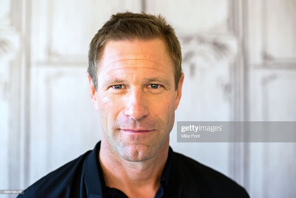 """The BUILD Series Presents Aaron Eckhart Discussing """"Sully"""""""