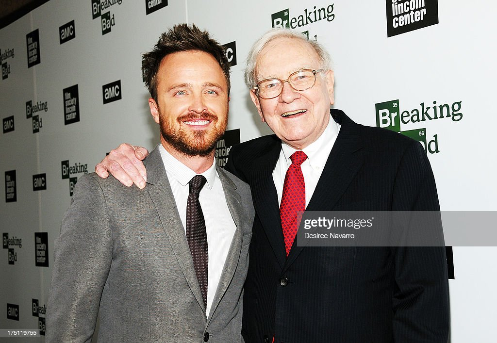 Actor <a gi-track='captionPersonalityLinkClicked' href=/galleries/search?phrase=Aaron+Paul+-+Actor&family=editorial&specificpeople=693211 ng-click='$event.stopPropagation()'>Aaron Paul</a> and <a gi-track='captionPersonalityLinkClicked' href=/galleries/search?phrase=Warren+Buffett&family=editorial&specificpeople=533069 ng-click='$event.stopPropagation()'>Warren Buffett</a> attend The Film Society Of Lincoln Center And AMC Celebration Of 'Breaking Bad' Final Episodes at The Film Society of Lincoln Center, Walter Reade Theatre on July 31, 2013 in New York City.