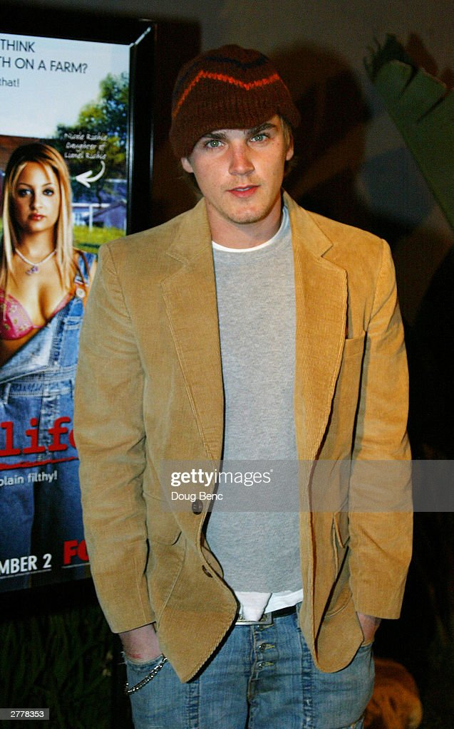 Actor Actor Riley Smith arrives for the premiere party for 'The Simple Life' on December 2, 2003 at Bliss in Los Angeles, California.