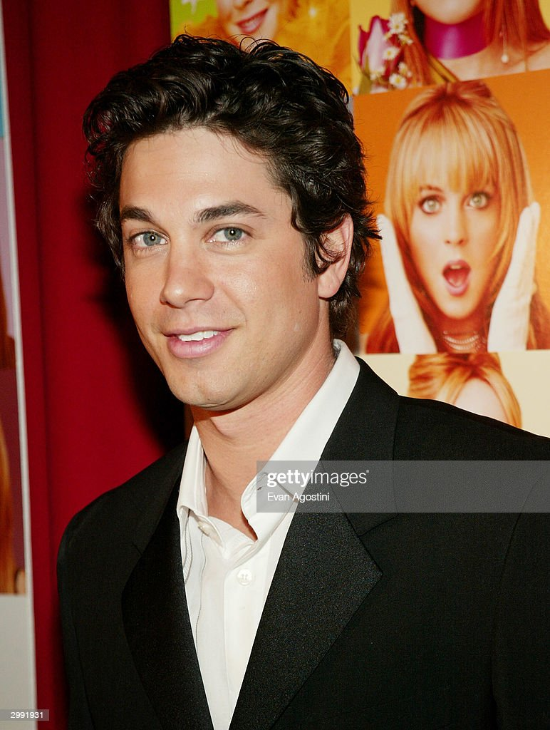 Actor Adam Garcia attends the 'Confessions Of A Teenage Drama Queen' premiere at the Loews E-Walk Theater February 17, 2004 in New York City.