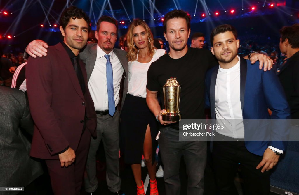 Actor Adrian Grenier, actor Kevin Dillon, model Rhea Durham, honoree Mark Wahlberg (holding the MTV Generation Award) and actor Jerry Ferrara attend the 2014 MTV Movie Awards at Nokia Theatre L.A. Live on April 13, 2014 in Los Angeles, California.