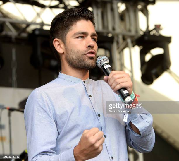 Actor Adrian Grenier appears onstage during the Rachael Ray SXSW Feedback Party to talk about his charity The Lonely Whale Foundation at Stubbs BBQ...