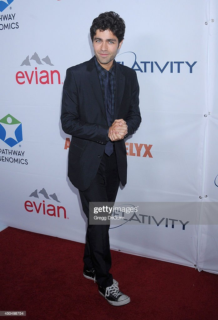 Actor <a gi-track='captionPersonalityLinkClicked' href=/galleries/search?phrase=Adrian+Grenier&family=editorial&specificpeople=211413 ng-click='$event.stopPropagation()'>Adrian Grenier</a> arrives at the Pathway To The Cures For Breast Cancer event at Barkar Hangar on June 11, 2014 in Santa Monica, California.