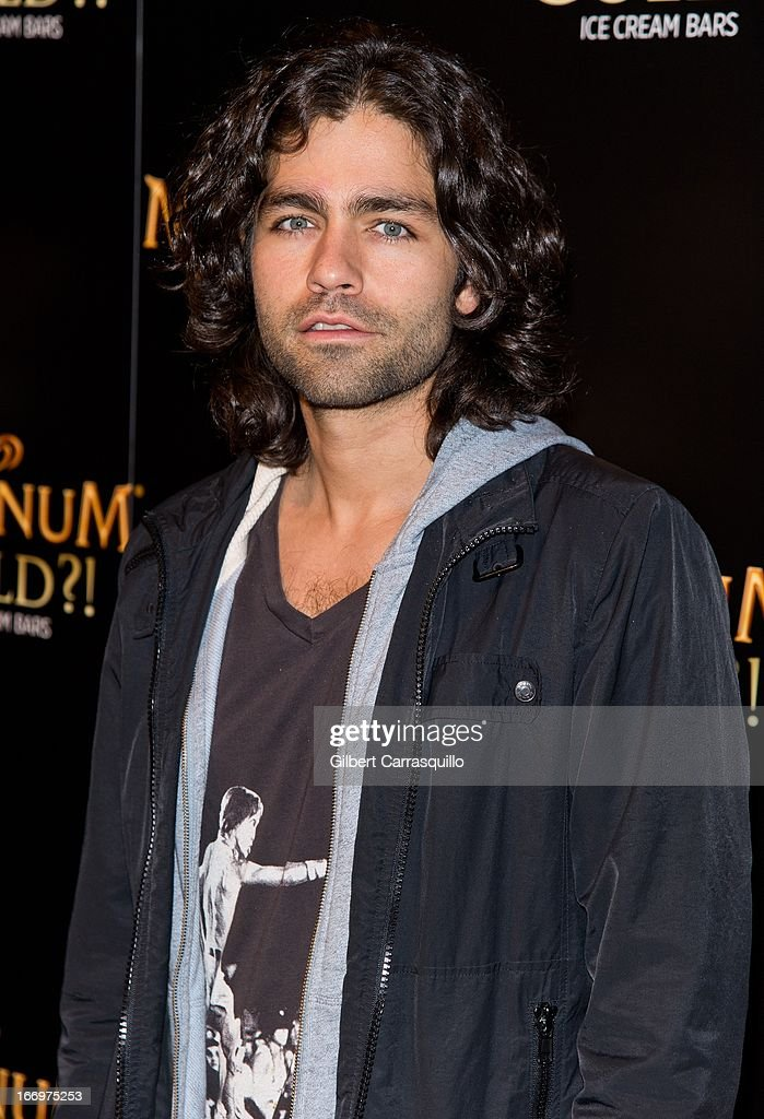 Actor <a gi-track='captionPersonalityLinkClicked' href=/galleries/search?phrase=Adrian+Grenier&family=editorial&specificpeople=211413 ng-click='$event.stopPropagation()'>Adrian Grenier</a> attends the premiere of 'As Good As Gold' during the 2013 Tribeca Film Festival at Gotham Hall on April 18, 2013 in New York City.