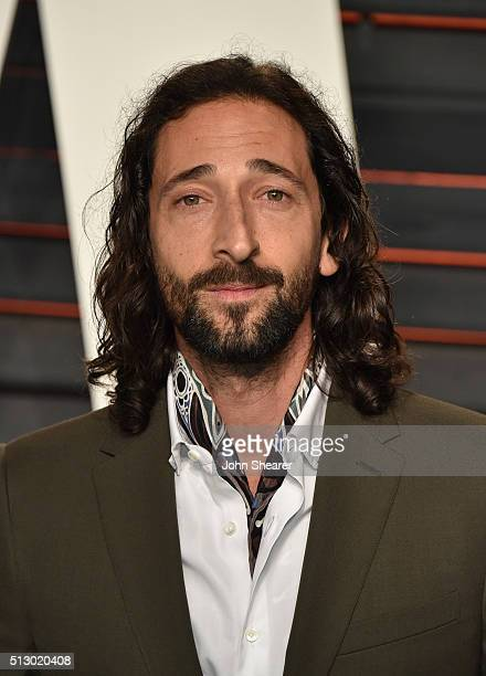 Actor Adrien Brody arrives at the 2016 Vanity Fair Oscar Party Hosted By Graydon Carter at Wallis Annenberg Center for the Performing Arts on...